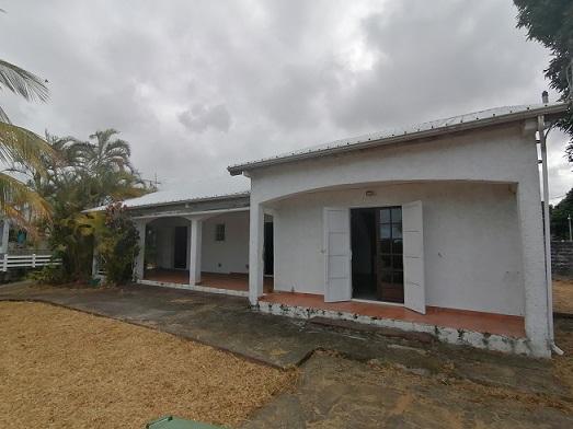 Maison-Villa - SAINT ANDRE