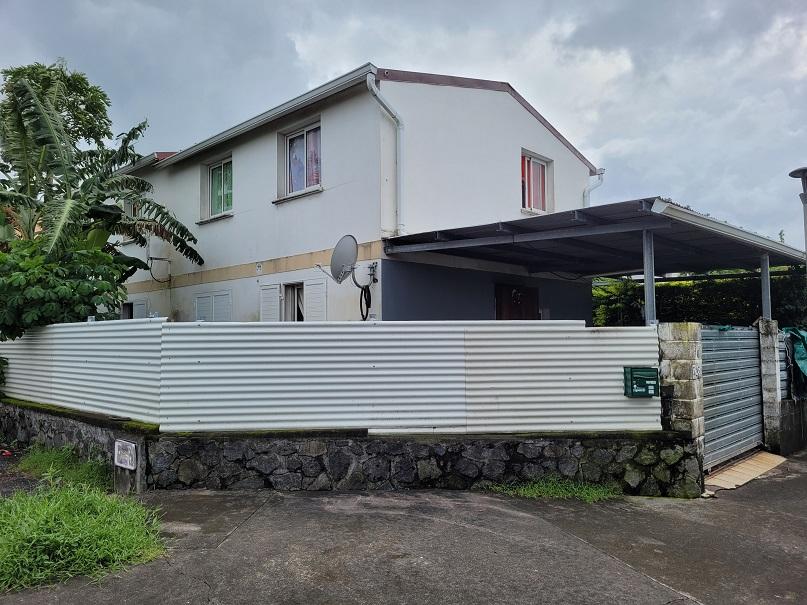 Maison-Villa - SAINTE SUZANNE